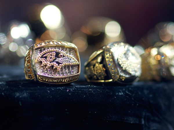 What do football players earn from winning the Super Bowl?