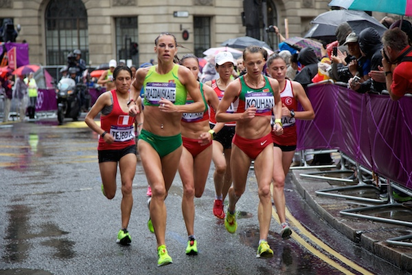 What are ideal conditions for a marathon?