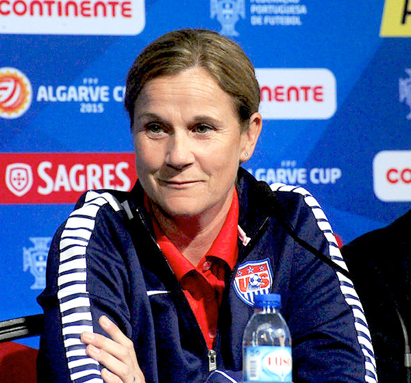 Who are the 2015 Women's World Cup coaches in Group D?